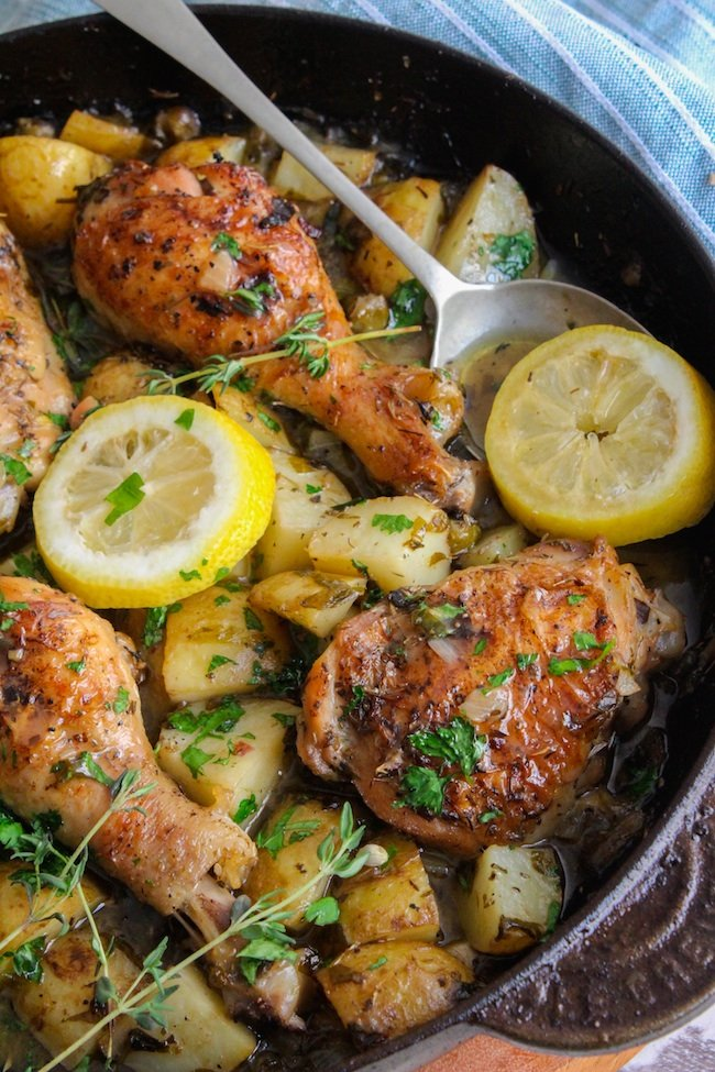 Crispy Skillet Chicken In White Wine Sauce