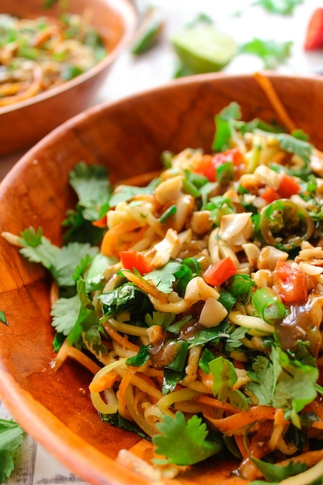 Veggie Pad Thai Salad and Peanut Dressing | www.asaucykitchen.com