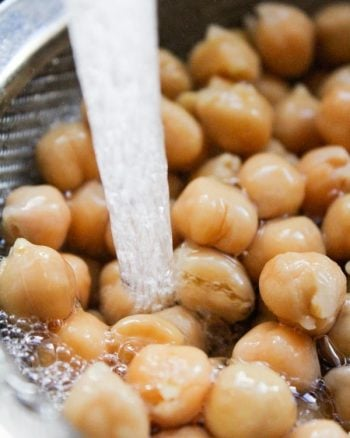 chickpeas rinsed in water