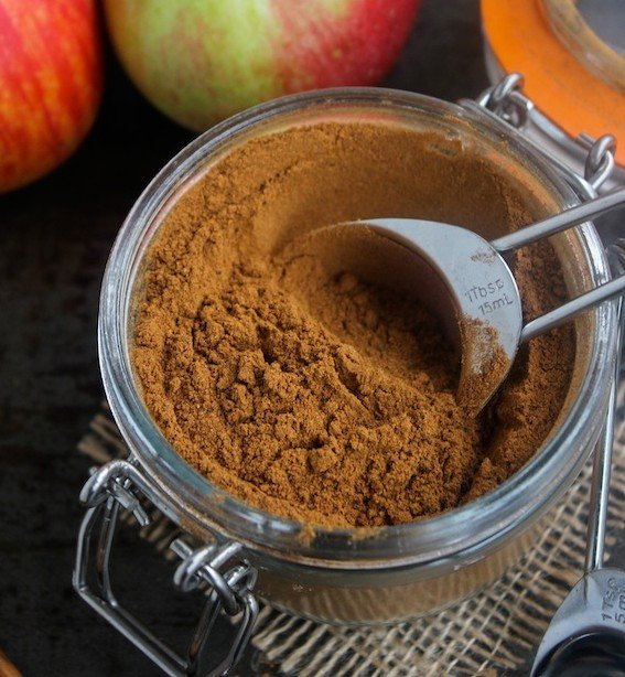 DIY Apple Pie Spice