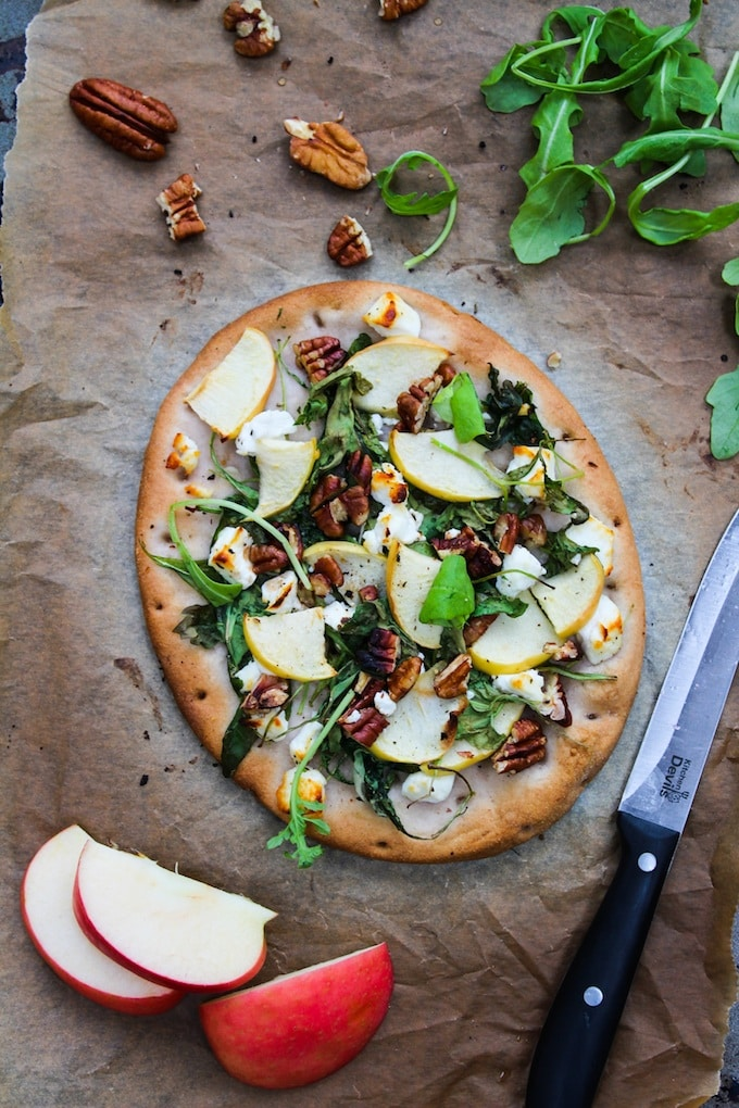 Arugula Apple & Goats Cheese Flatbread