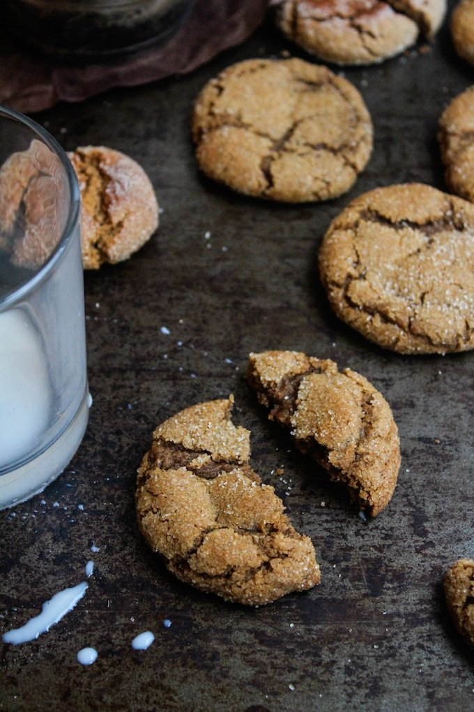 Soft and chewy cardamom spiced ginger cookies. Made in one bowl and ready in under an hour, these spiced cookies are grain, dairy, and nut free.