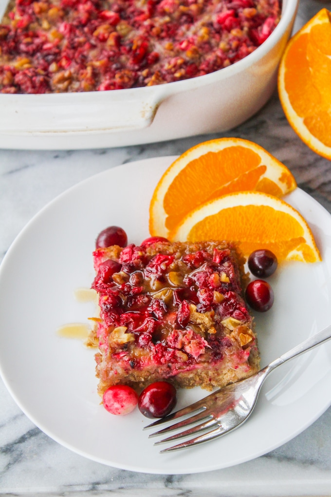 Cranberry Orange Baked Oatmeal: a crowd pleasing, make ahead breakfast that's perfect for any cold winter morning
