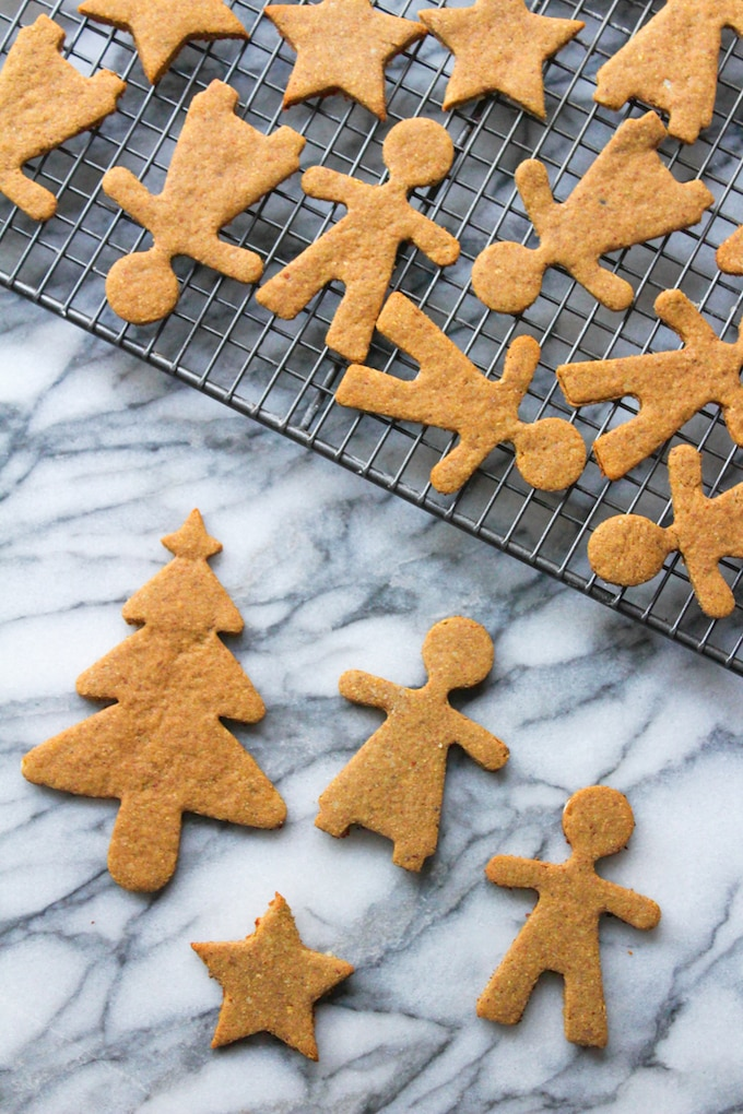 Easy to make and perfectly spiced paleo gingerbread cookies made with ground almonds, coconut flour, and gingerbread spices.