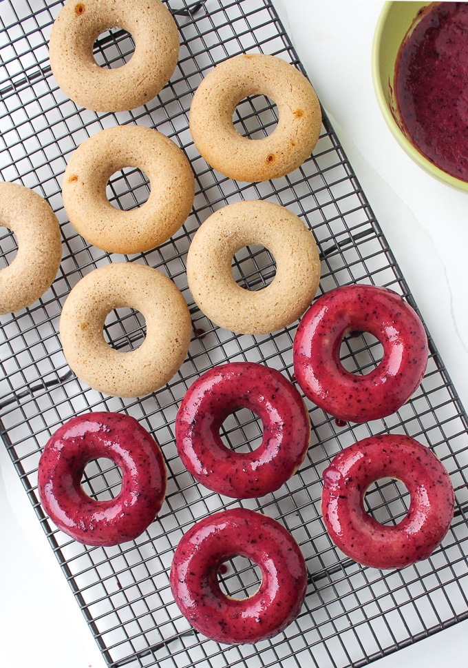 Blueberry lime glazed baked vegan donuts made with aquafaba! |Gluten Free & Low FODMAP