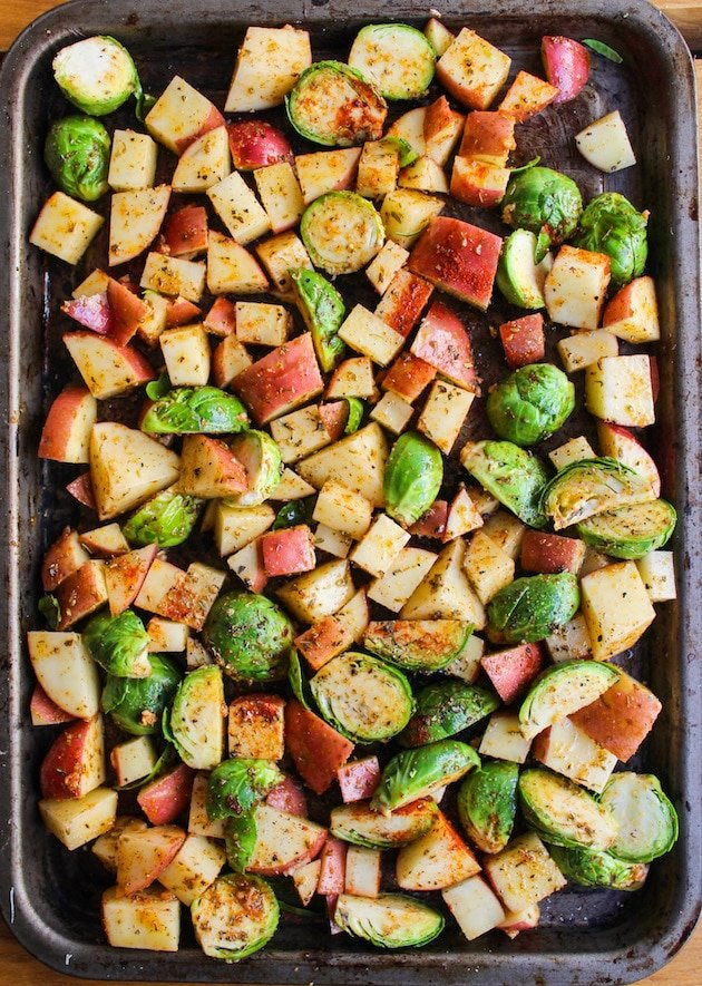 One Pan Chicken with Lemon Garlic Potatoes & Brussels ...