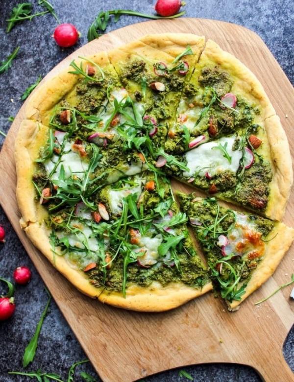 Super Green Kale Pesto Pizza
