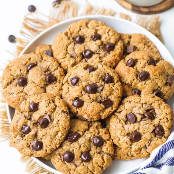 Flourless Peanut Butter Oatmeal Cookies on a plate