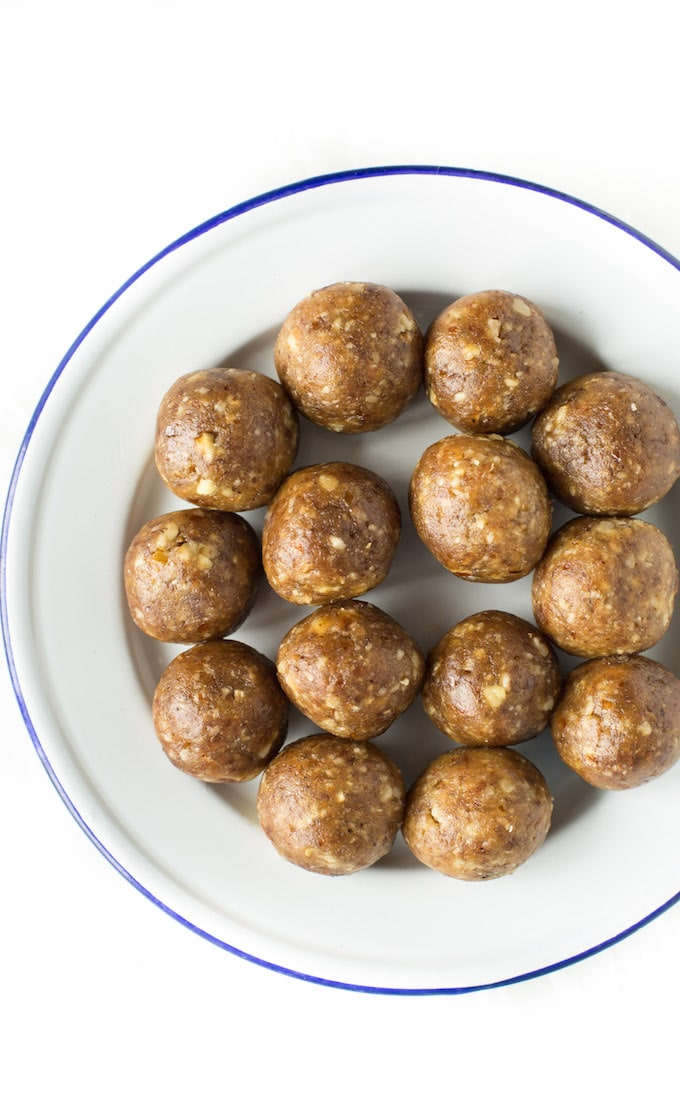 2 Ingredient Nut & Date Balls – make them in 10 minutes or less in a food processor or blender! Paleo + Vegan