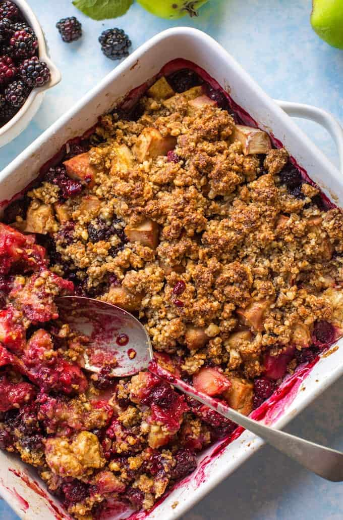 Sweet & tangy Apple & Blackberry Crumble - made with less than 10 ingredients and cooked in one dish! Paleo + Vegan