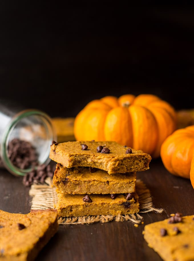 Chickpea Pumpkin Blondies