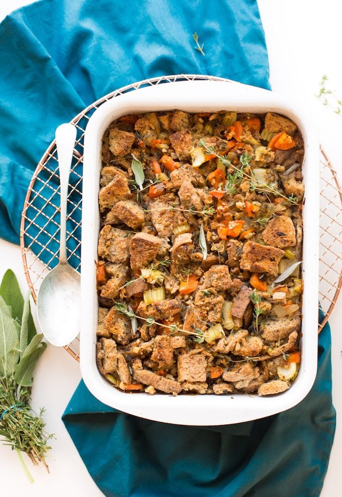 Thanksgiving style vegan + gluten free stuffing made with simple ingredients and packed full of flavour - ready for your holiday table! | picture of finished stuffing