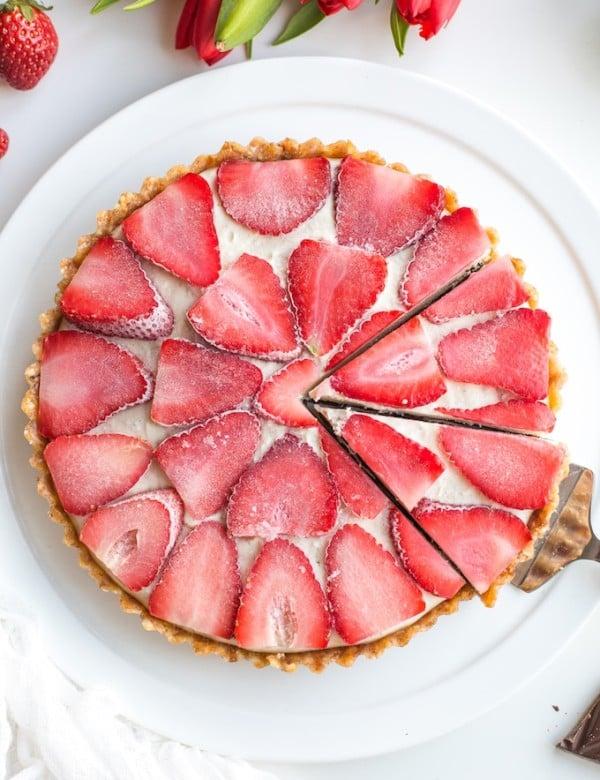 Raw Strawberry Cheesecake Tart