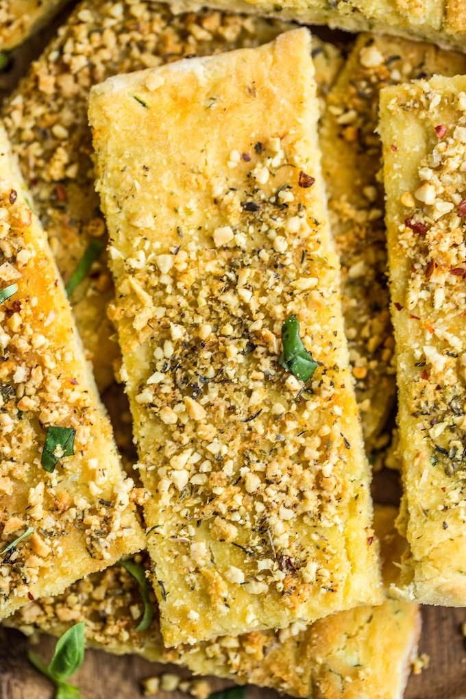 Gluten Free Breadsticks with Zucchini and topped with garlic and #vegan parmesan #glutenfree