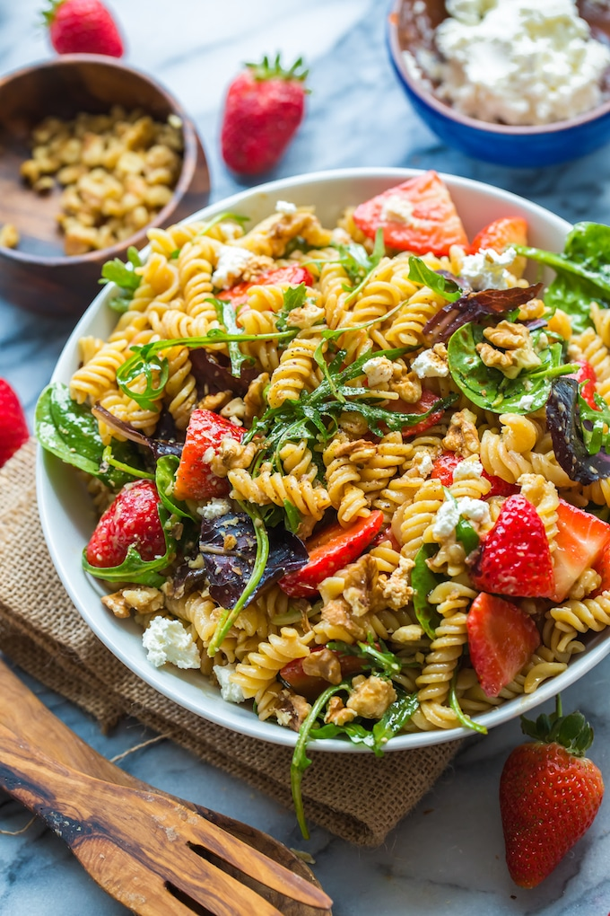 Balsamic Strawberry Pasta Salad
