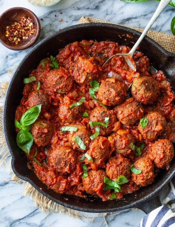 Vegan-Lentil-Meatballs in cast iron skillet