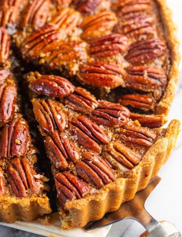 Gluten-Free-Pecan-Pie- slice