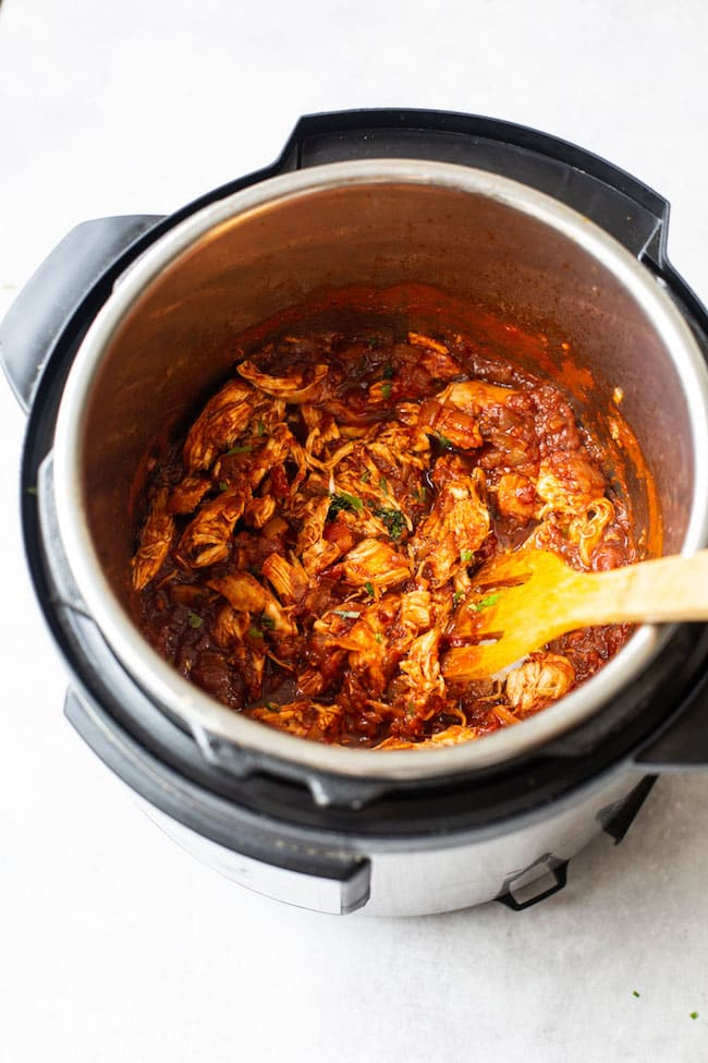 chicken tinga in the instant pot