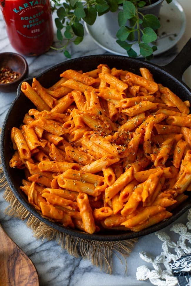 Roasted Red Pepper Pasta in a cast iron skillet