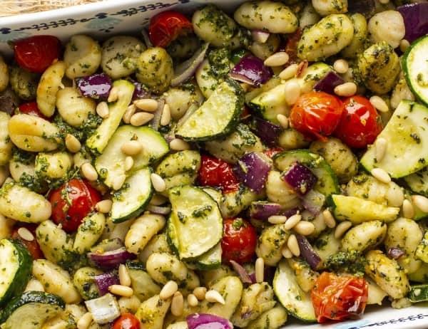 Pesto Roasted Gnocchi and Veggies thumbnail