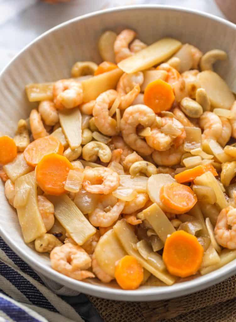 Cashew & King Prawn Stir Fry ingredients up close