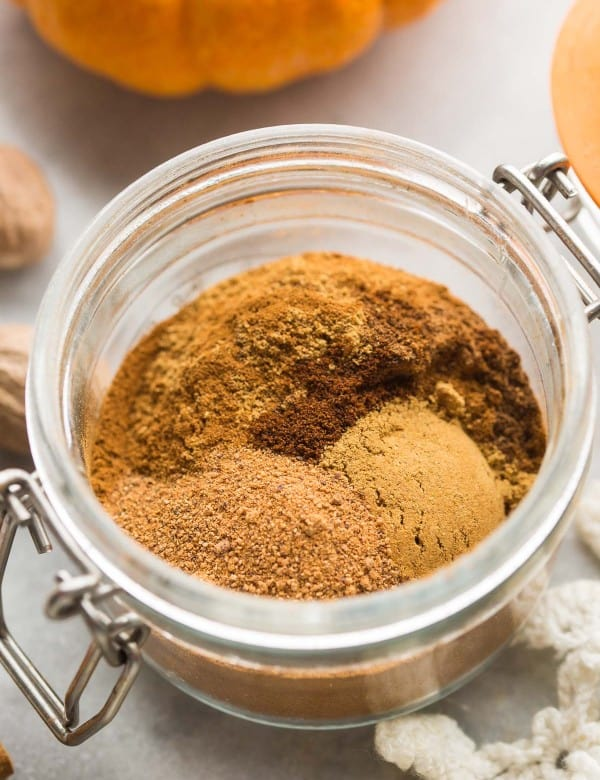 unmixed Pumpkin Pie Spice mix in a small jar