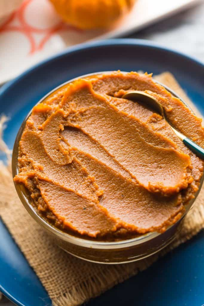 pumpkin butter in bowl on plate